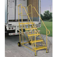 trailer access ladders
